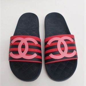 Chanel 18P Striped CC Pool Slides Red/Navy Size 38